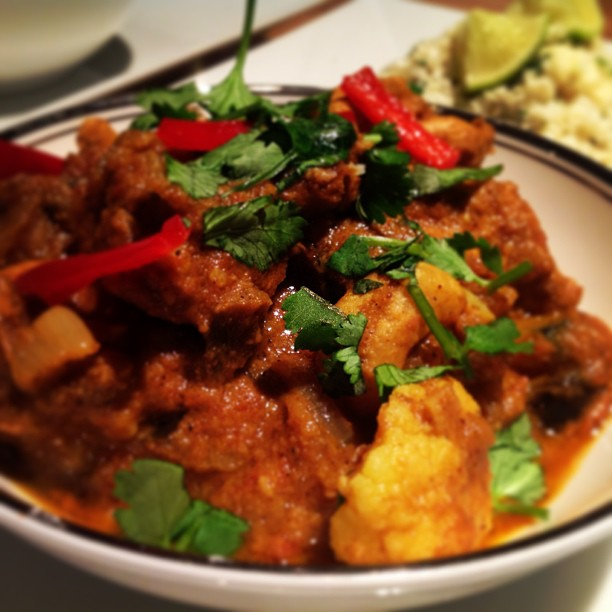 Paleo Goan Chicken Curry And Cauliflower Rice Paleopolly
